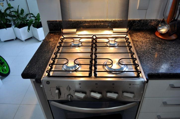Gas vs electric for your commercial kitchen appliances